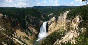 Yellowstone facts and information