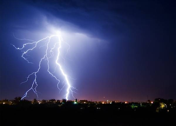 Thunderstorm facts and information