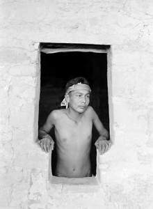 Mesa_verde_Boy_in_doorway_Grant, George A.
