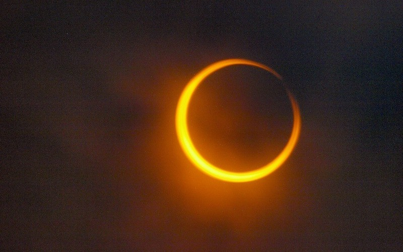 types of solar eclipses.