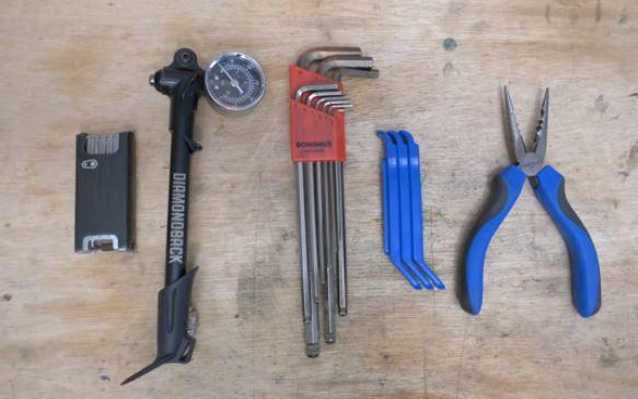 mountain bike tool kit